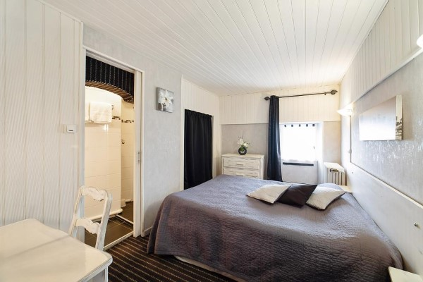 HOTEL LES PLATANES 31ffa5009b6c4cffafdb7b257052c509